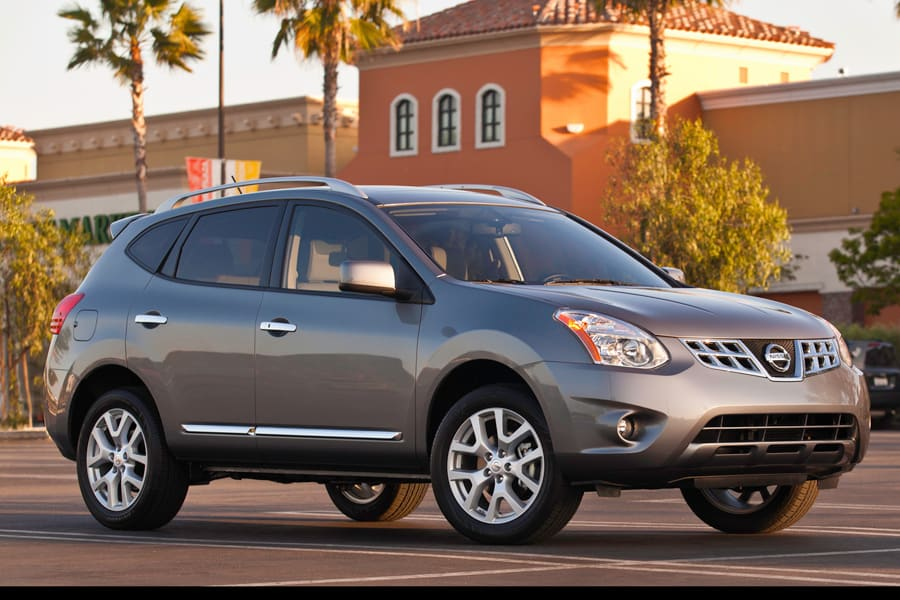 passenger in nissan side snow edition review special rogue