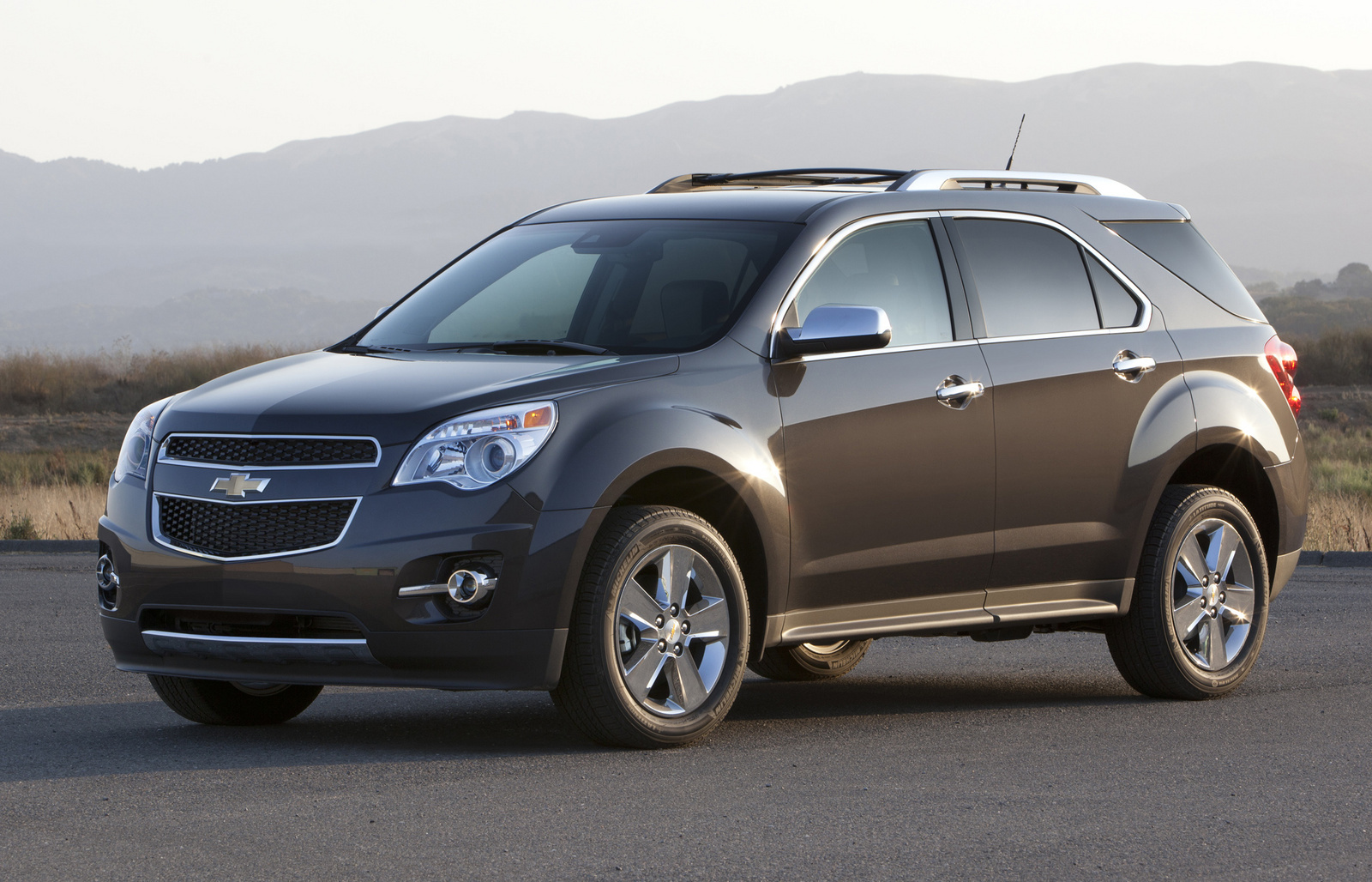 2014 chevrolet captiva sport photos informations. Black Bedroom Furniture Sets. Home Design Ideas