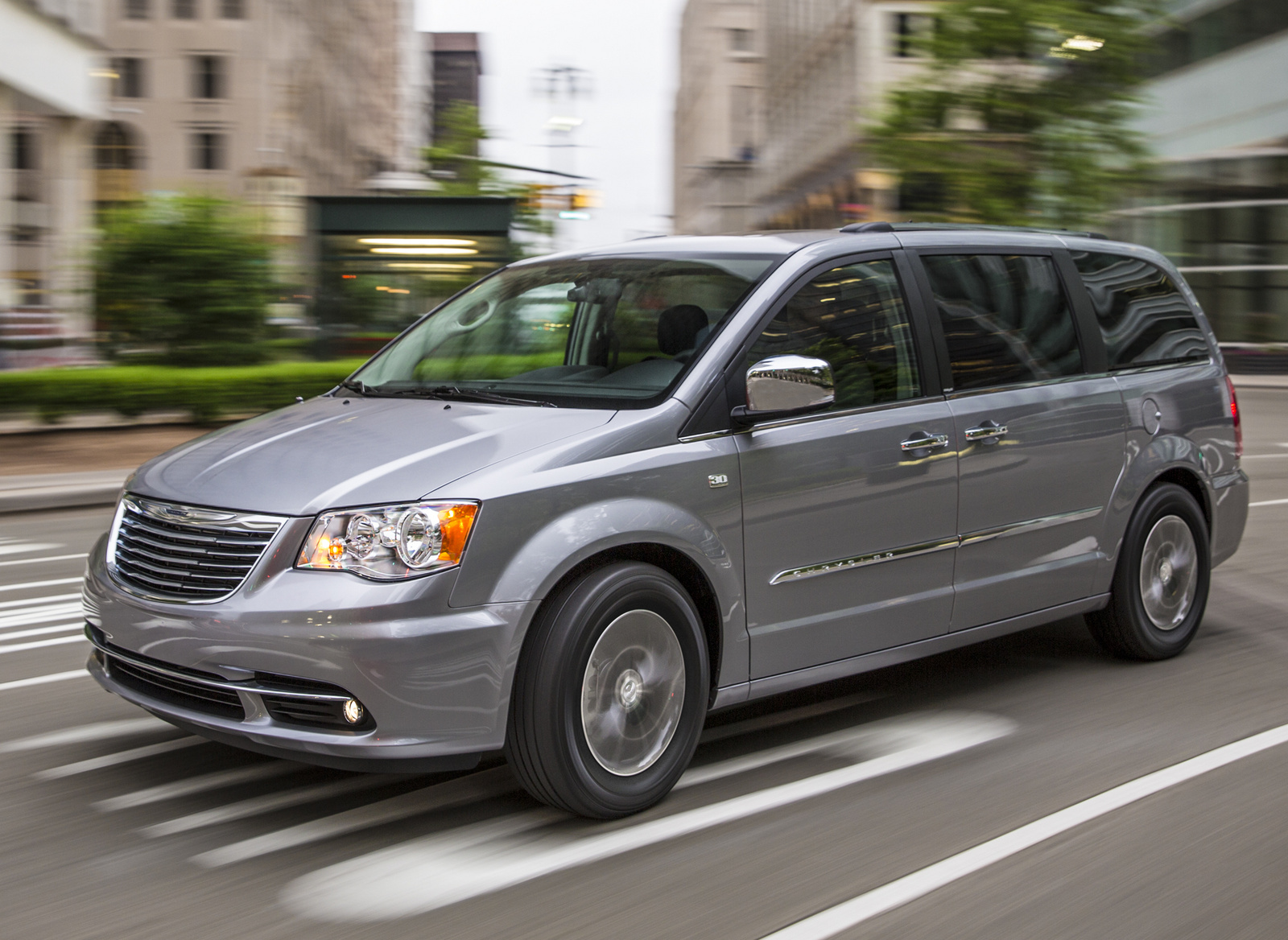 2014 Chrysler Town And Country #26