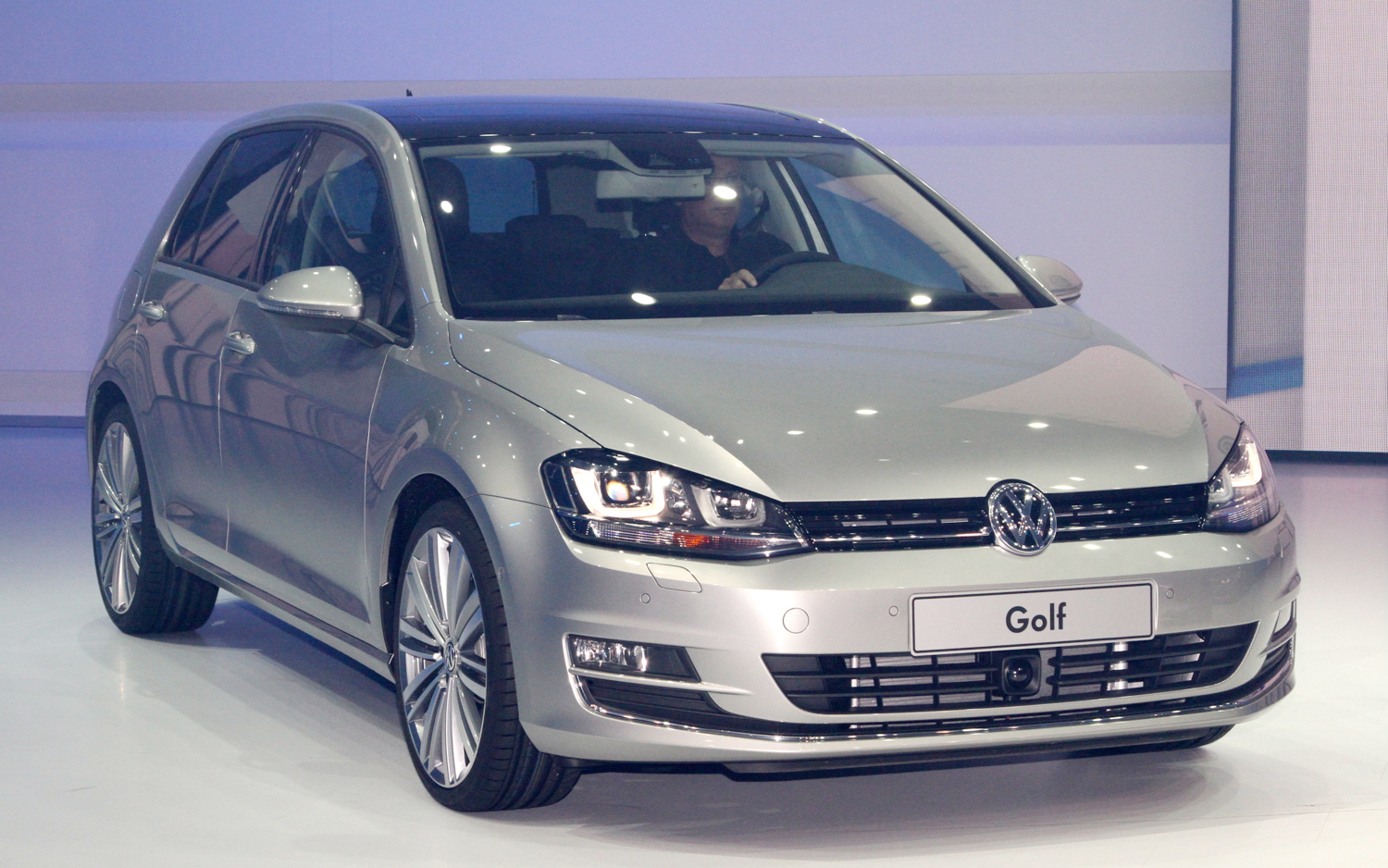 2014 Volkswagen Golf #22