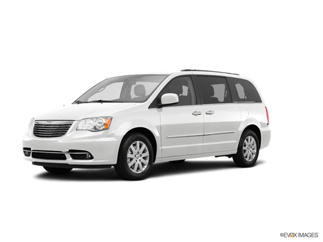 2015 Chrysler Town And Country #21