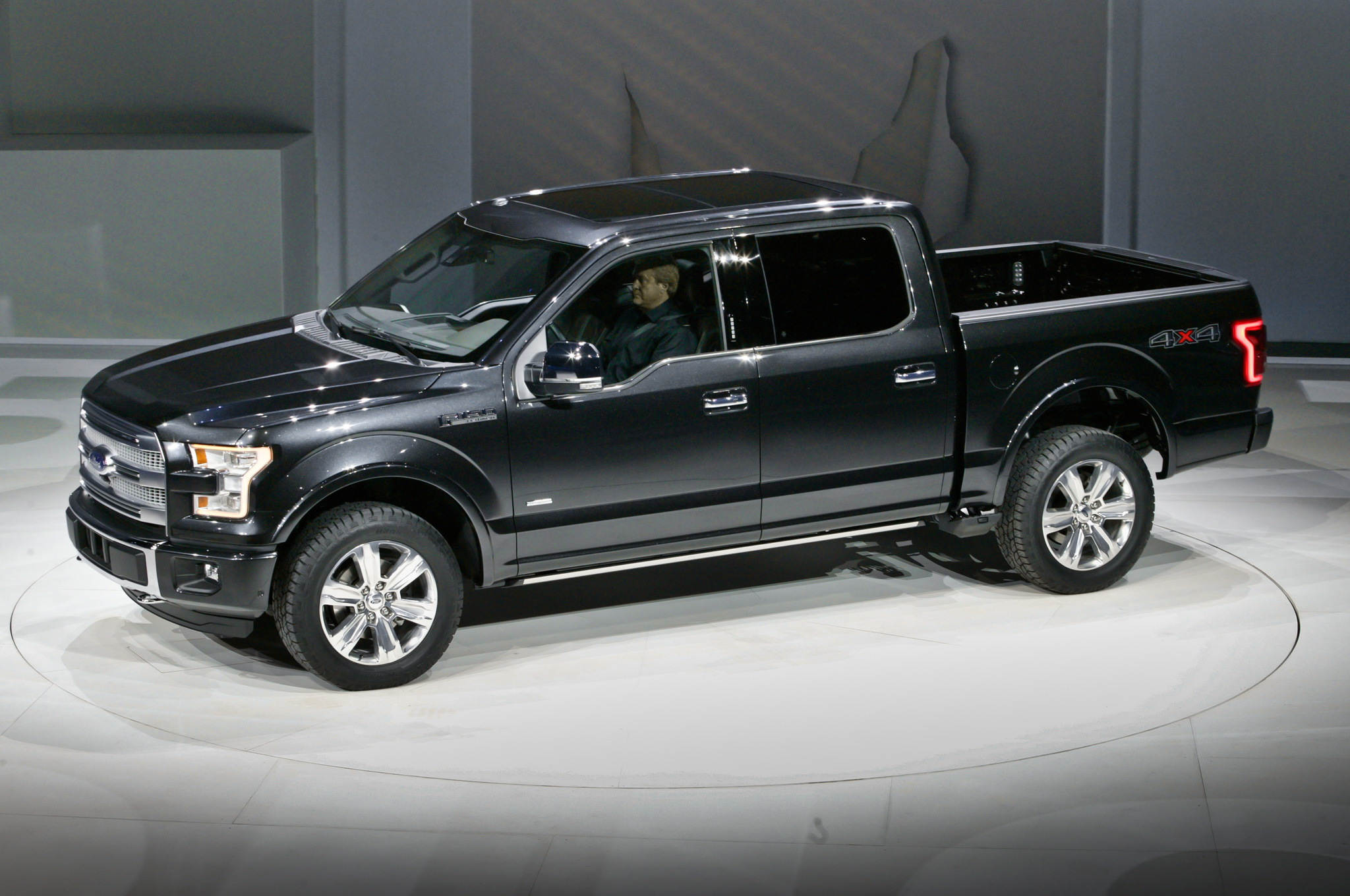 2015 Ford F-150 #24