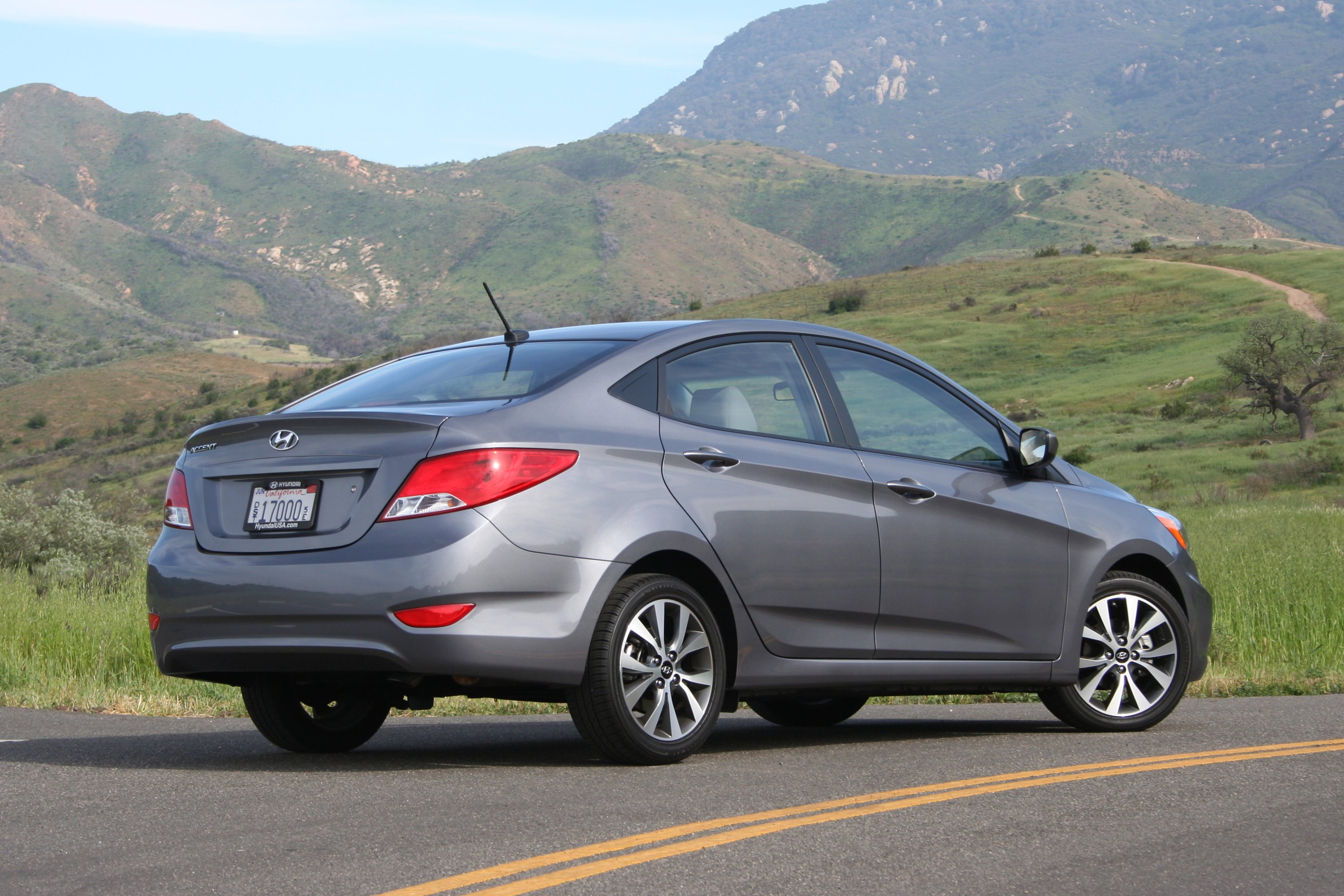 2015 Hyundai Accent Photos Informations Articles Excel Fuse Box 20