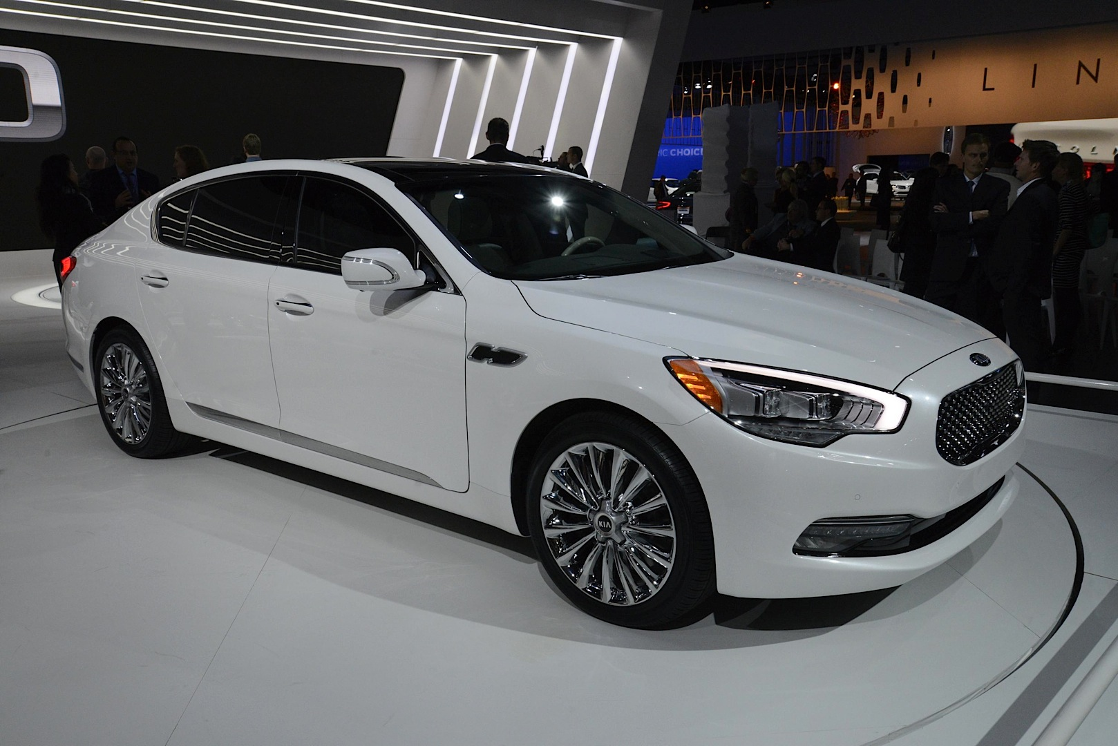 of pricing auto sedan cost used features edmunds a kia express oem for luxury i