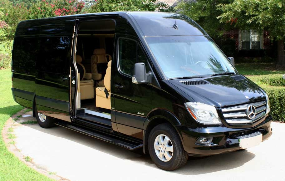 2015 mercedes benz sprinter photos informations articles for Mercedes benz van 2015