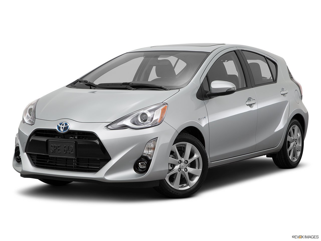 2015 toyota prius c photos informations articles. Black Bedroom Furniture Sets. Home Design Ideas