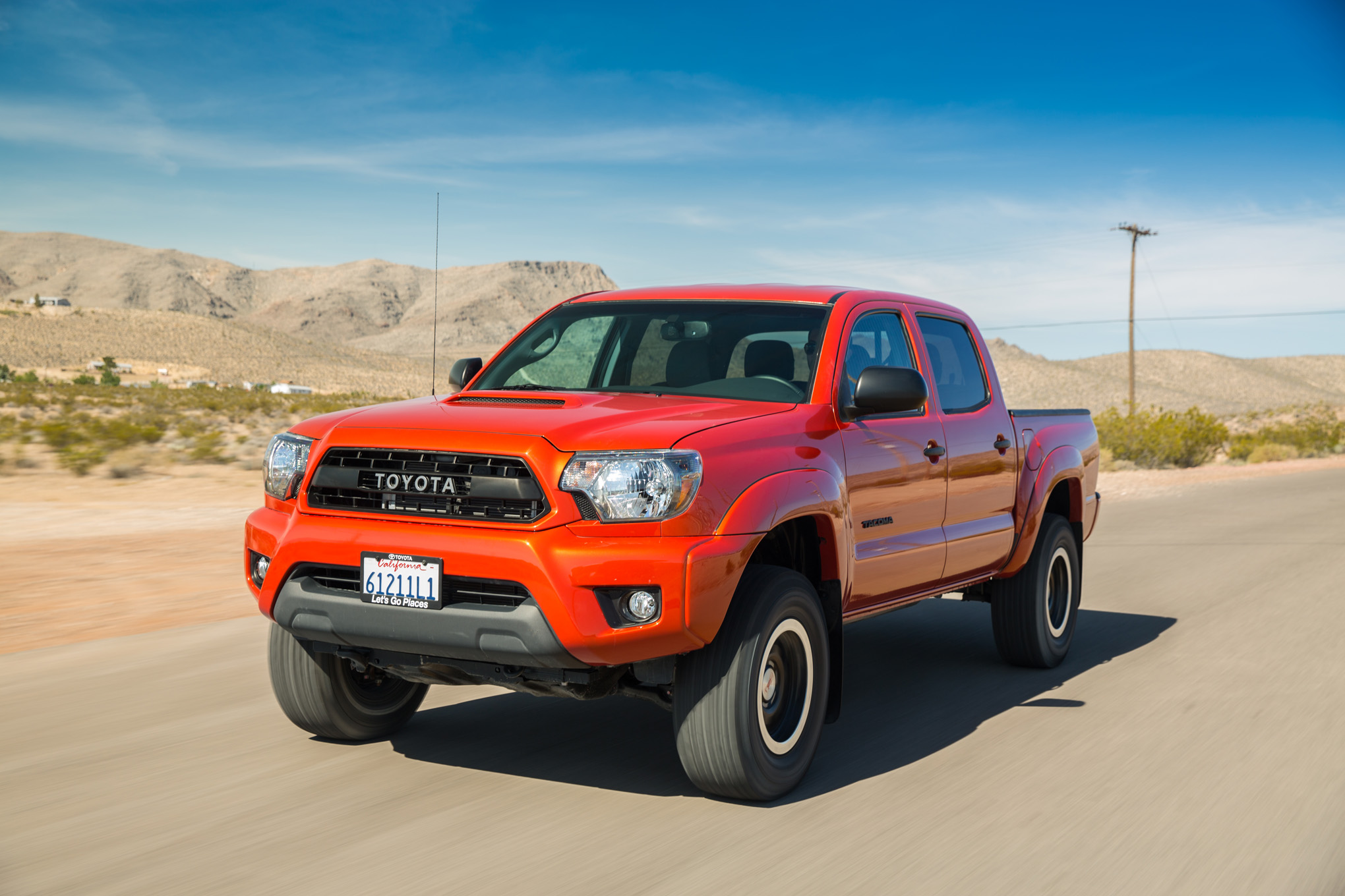 2015 Toyota Tacoma Photos, Informations, Articles - BestCarMag.com