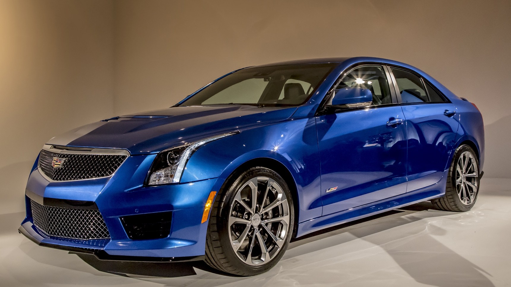2016 cadillac ats v photos informations articles. Black Bedroom Furniture Sets. Home Design Ideas