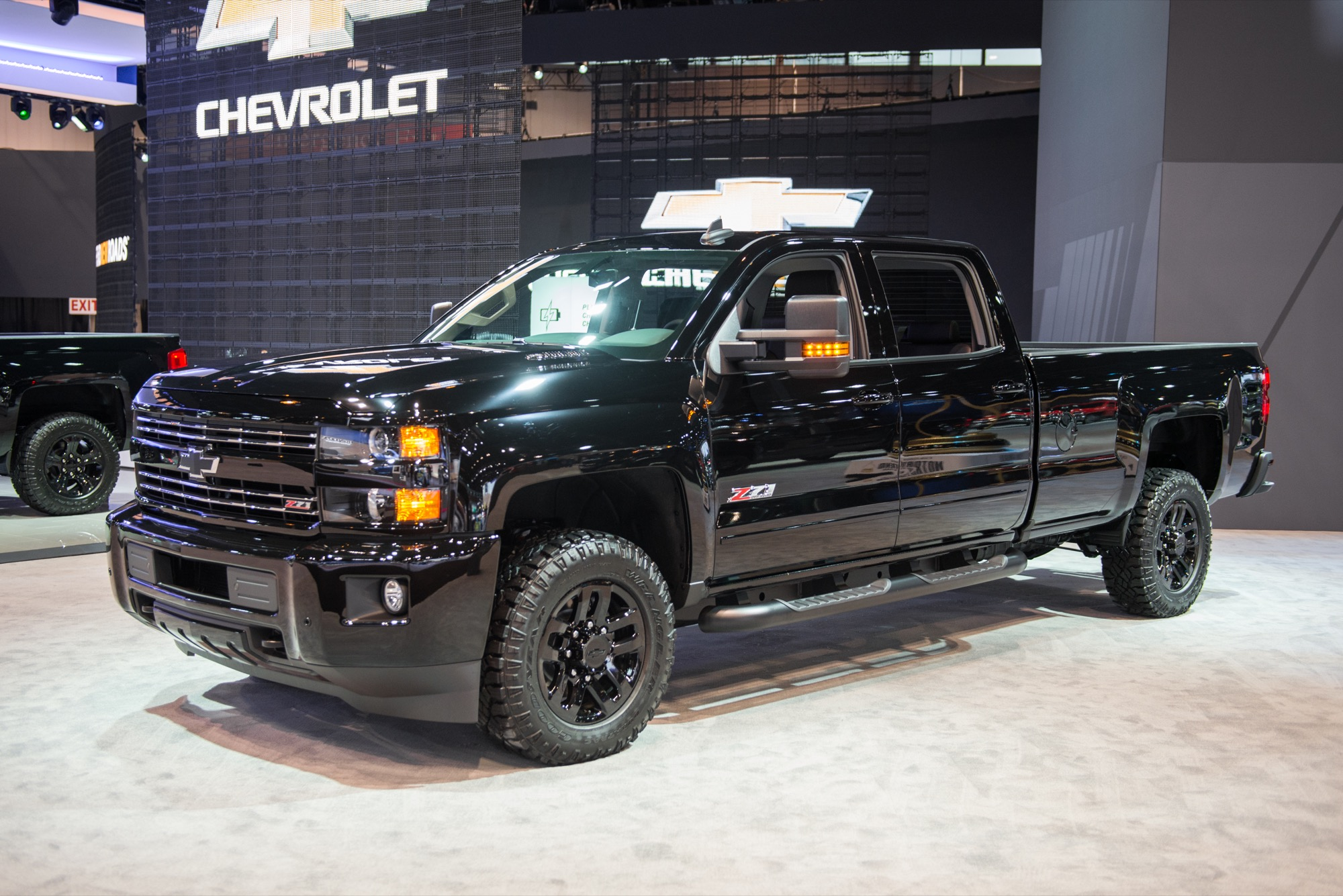 2016 chevrolet silverado 2500hd photos informations articles. Black Bedroom Furniture Sets. Home Design Ideas