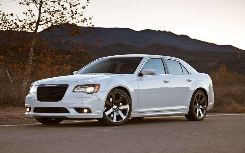 2016 Chrysler 300 #1