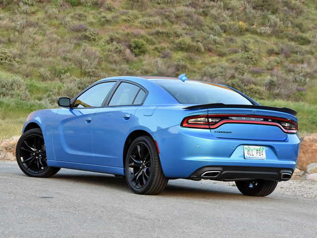 2016 Dodge Charger #10