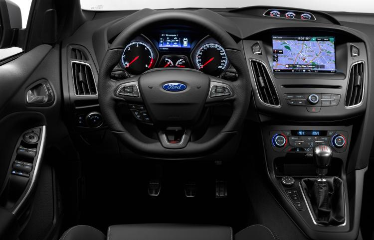 2016 Ford Focus St #5
