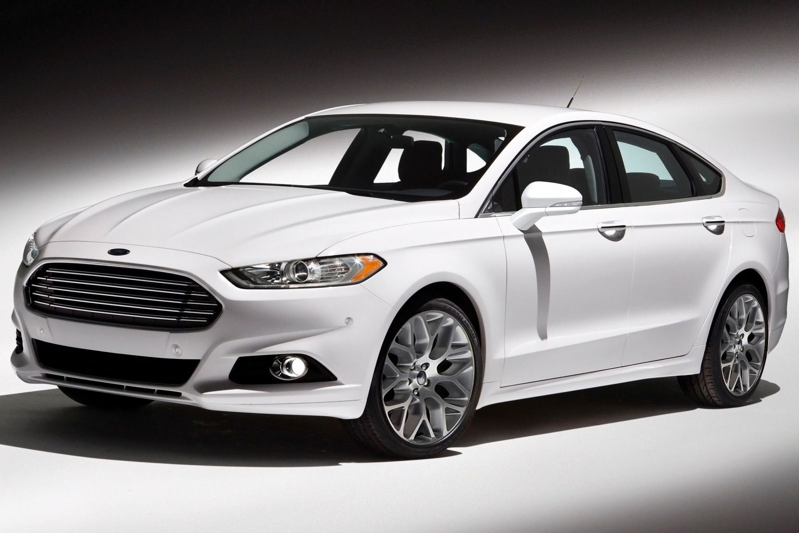 2016 Ford Fusion #12