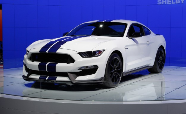 2016 Ford Shelby Gt350 #1