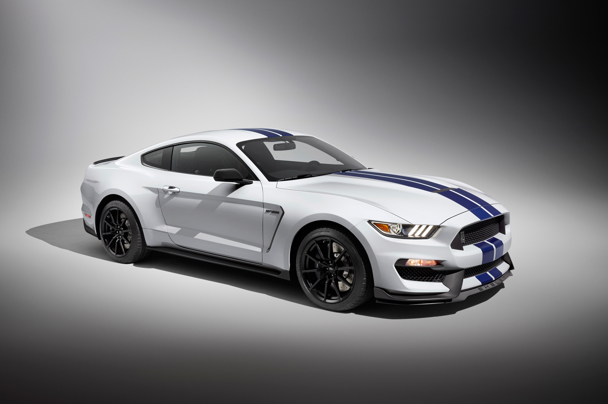 2016 Ford Shelby Gt350 #8