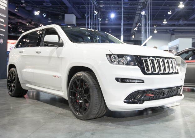 2016 Jeep Grand Cherokee Srt #10