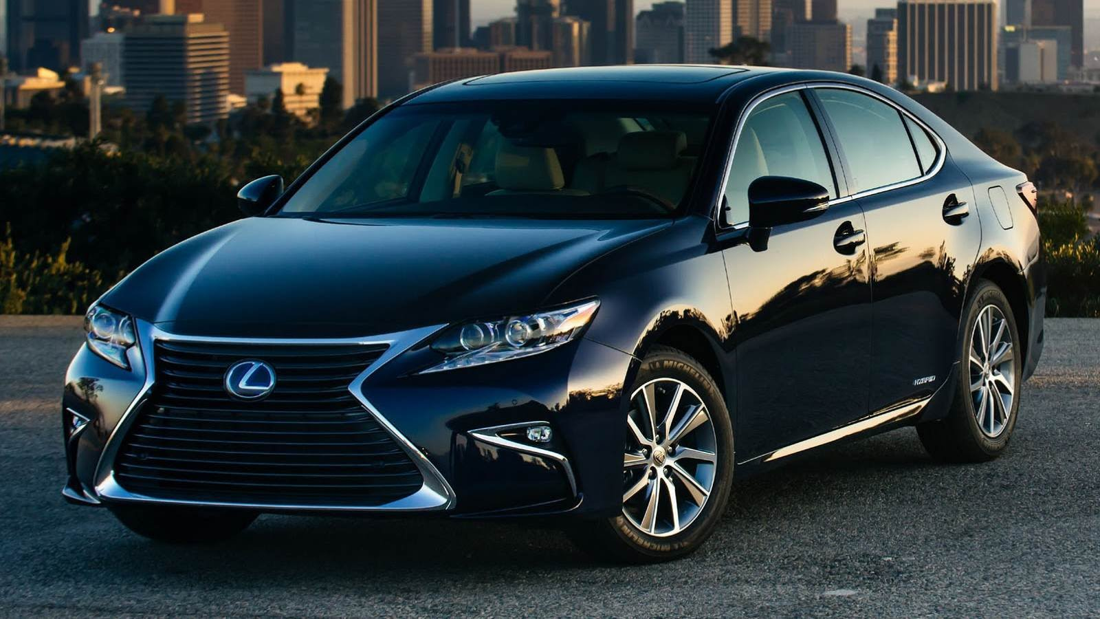 http://bestcarmag.com/sites/default/files/2016-lexus-es-350-1880457-7614440.jpg
