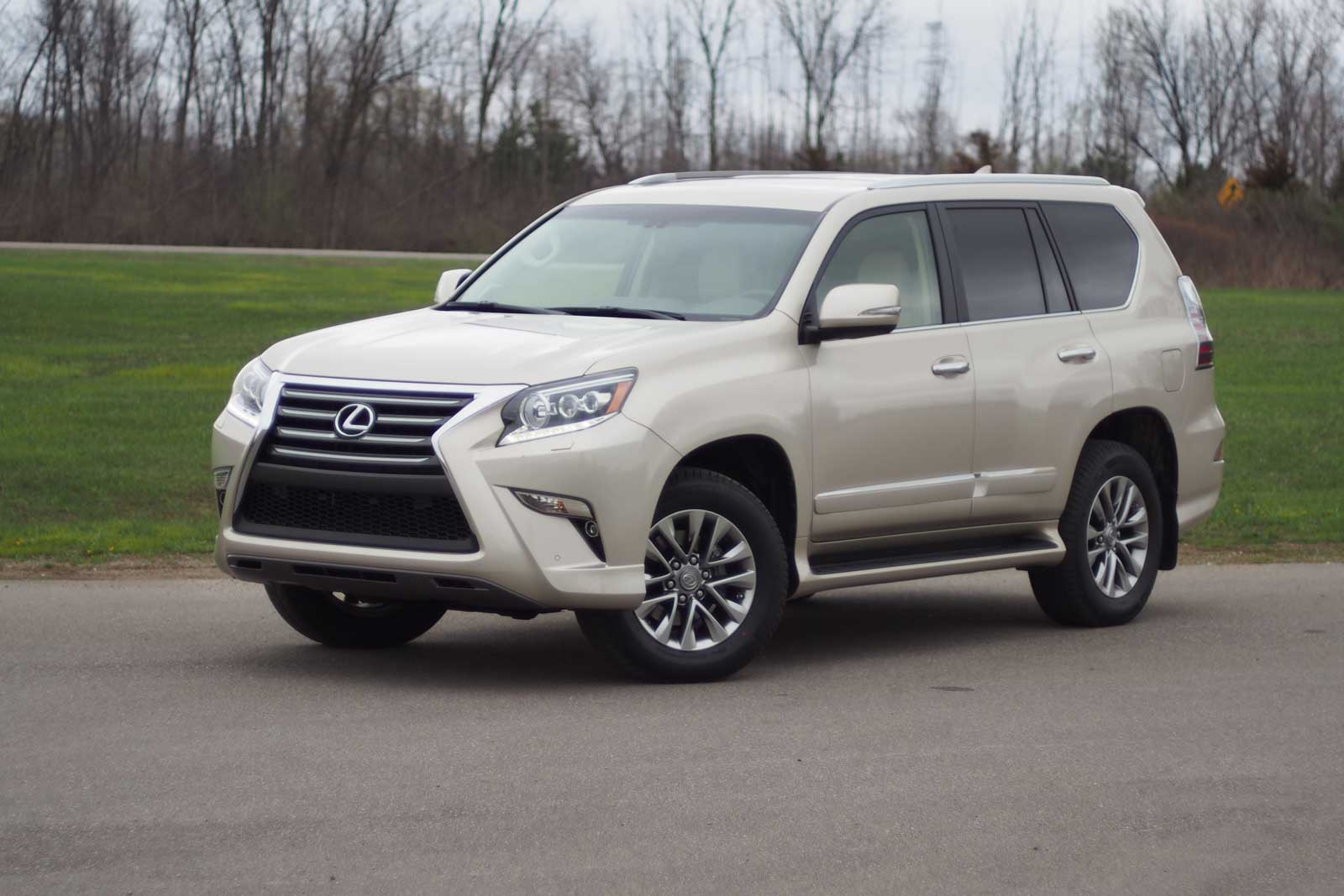 2016 lexus gx 460 photos informations articles. Black Bedroom Furniture Sets. Home Design Ideas