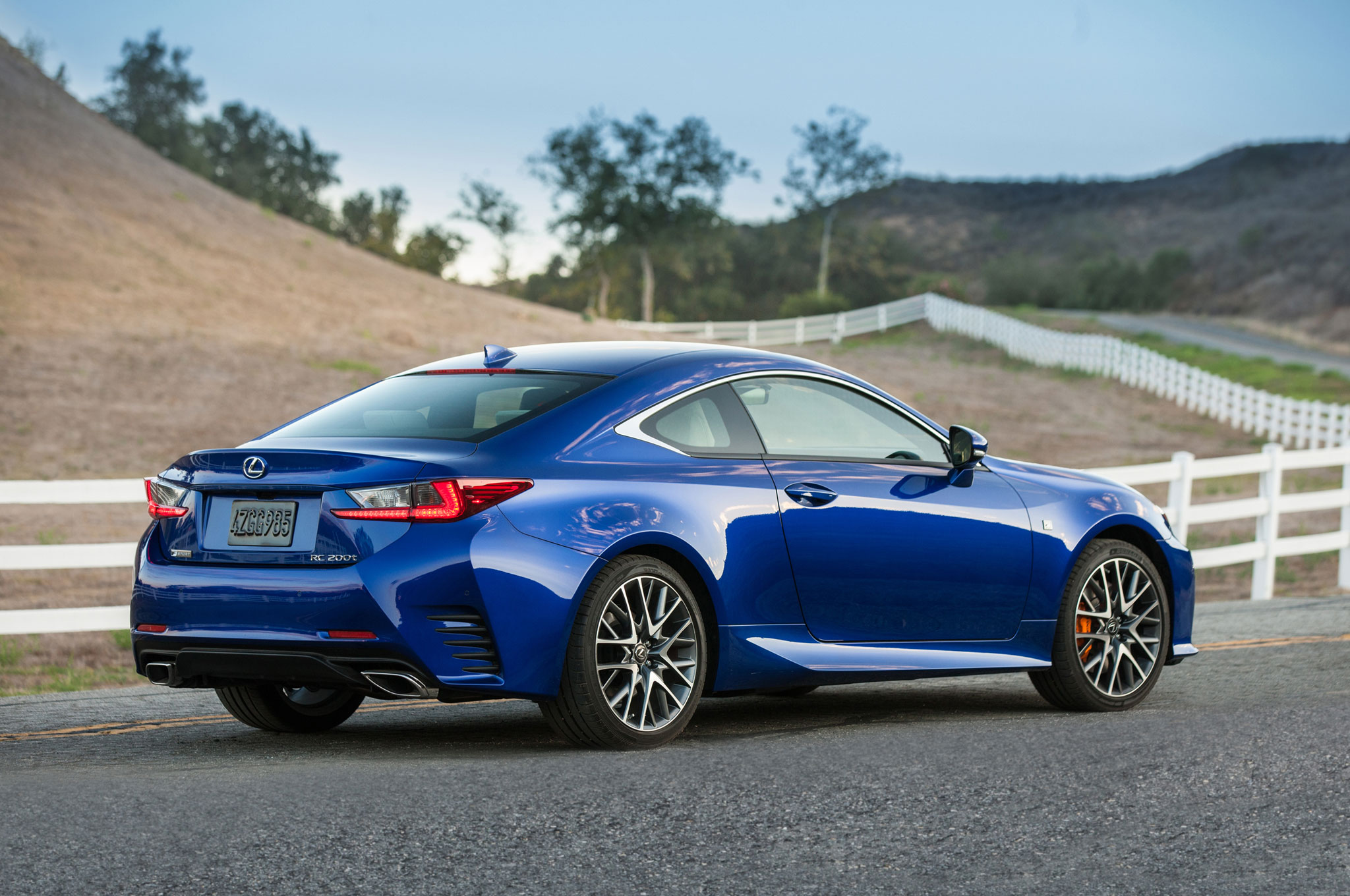 2016 Lexus Rc 200t s Informations Articles BestCarMag