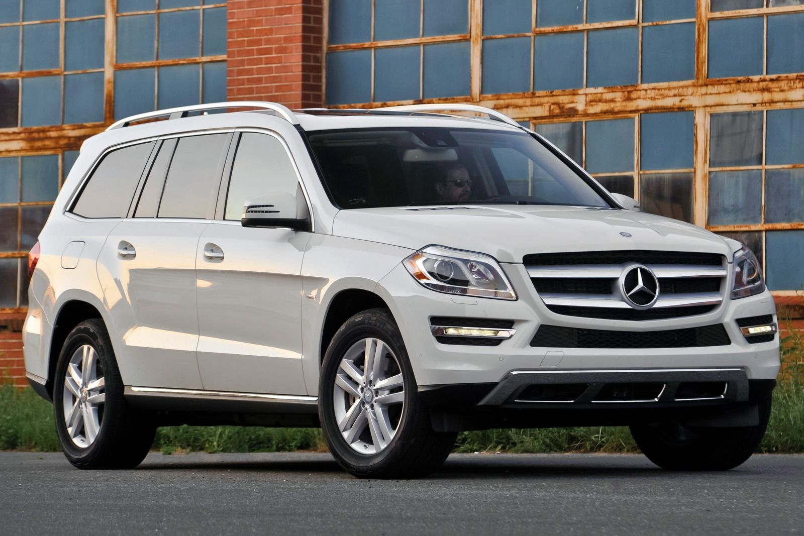2016 mercedes benz gl class photos informations articles