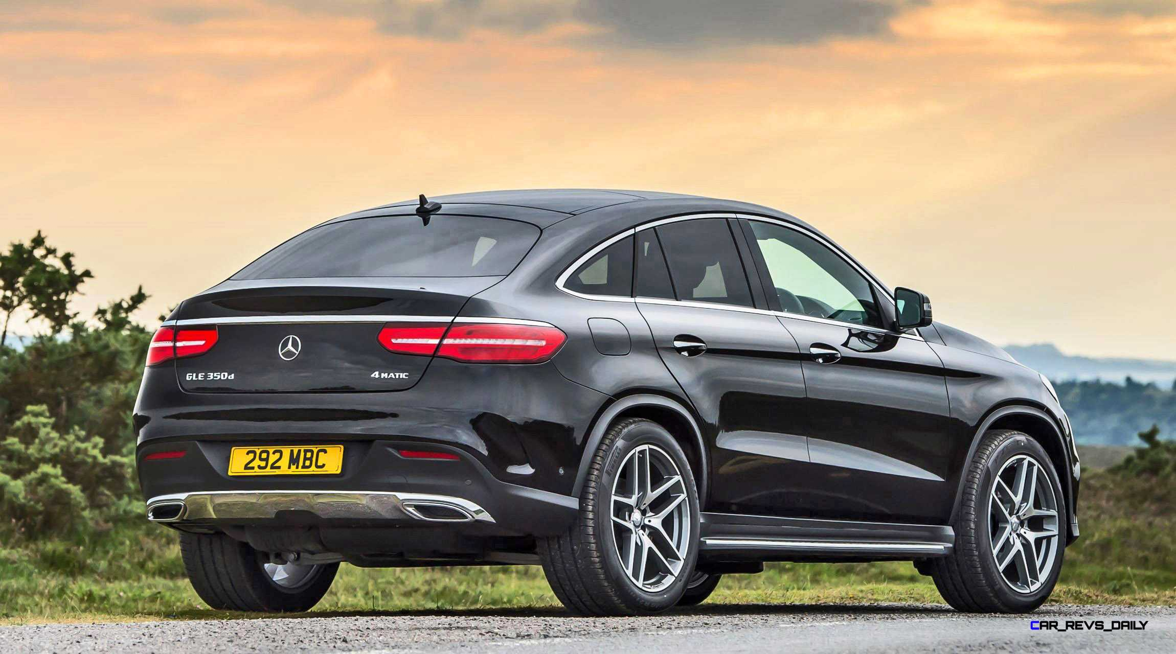 2016 mercedes benz gle class coupe photos informations for 2016 mercedes benz gle class