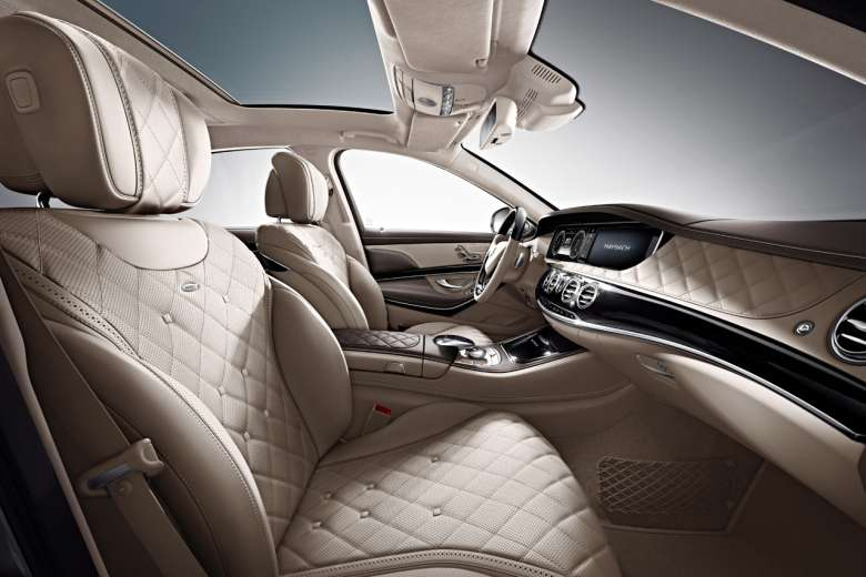 2016 Mercedes-Benz Maybach #22