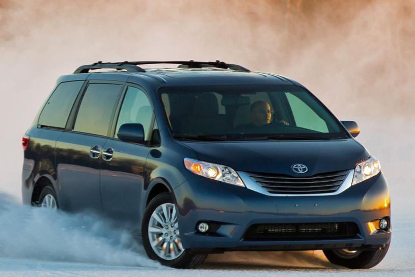 2016 toyota sienna photos informations articles. Black Bedroom Furniture Sets. Home Design Ideas