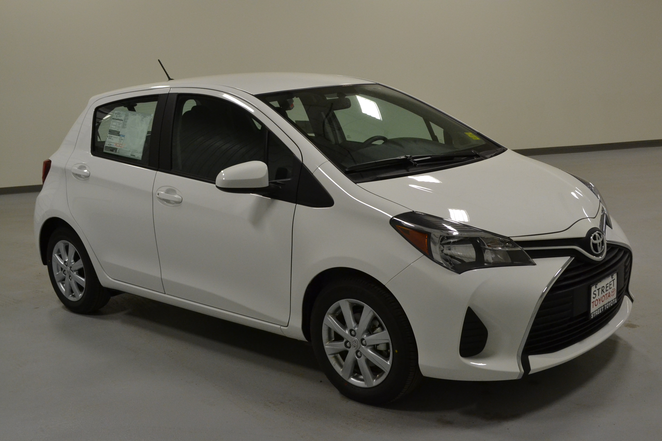 en toyota cars listings muhanad yaris