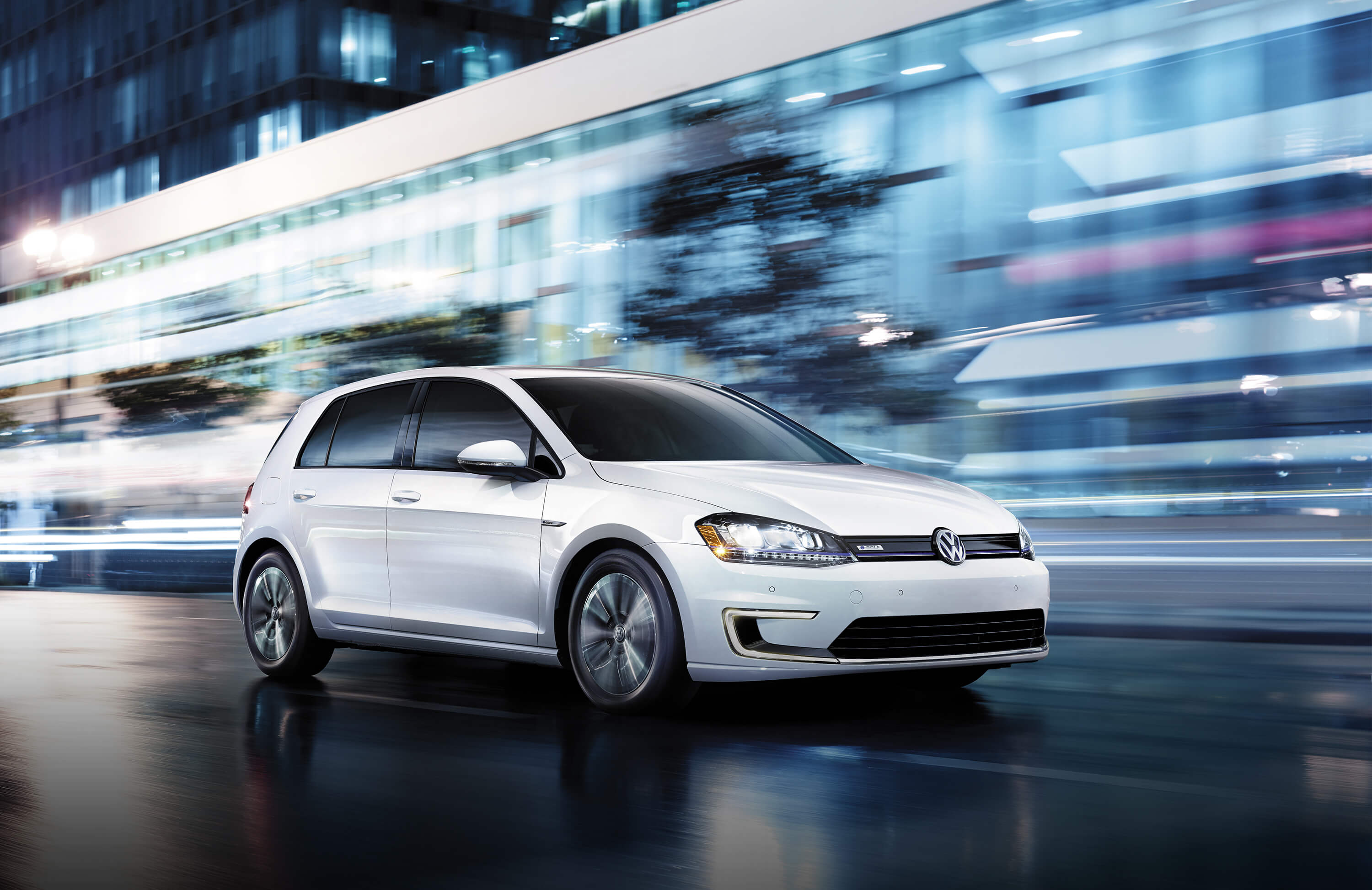 2016 Volkswagen E-golf #1
