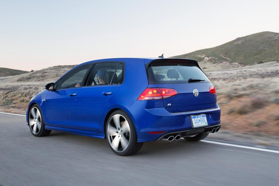 2016 Volkswagen Golf R #10
