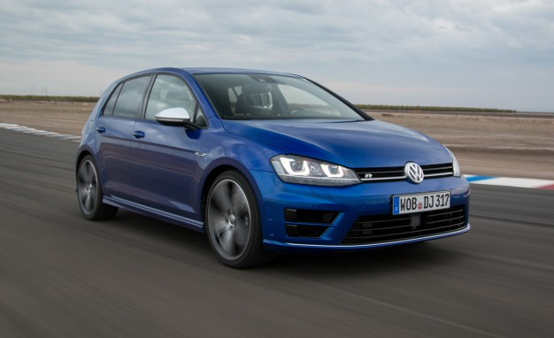 2016 Volkswagen Golf R #1