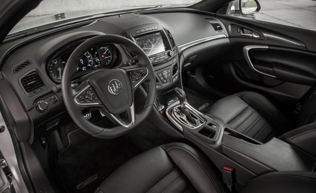 2017 Buick Regal 15