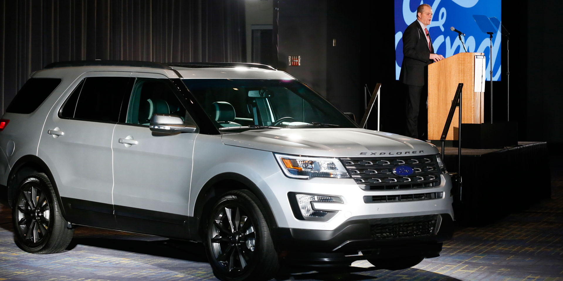 2017 Ford Explorer Photos Informations Articles