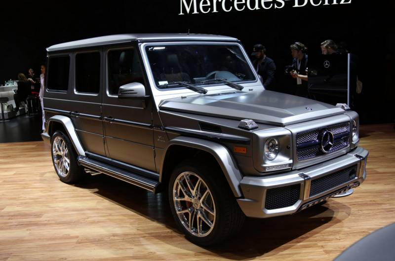 2017 mercedes benz g class photos informations articles. Black Bedroom Furniture Sets. Home Design Ideas