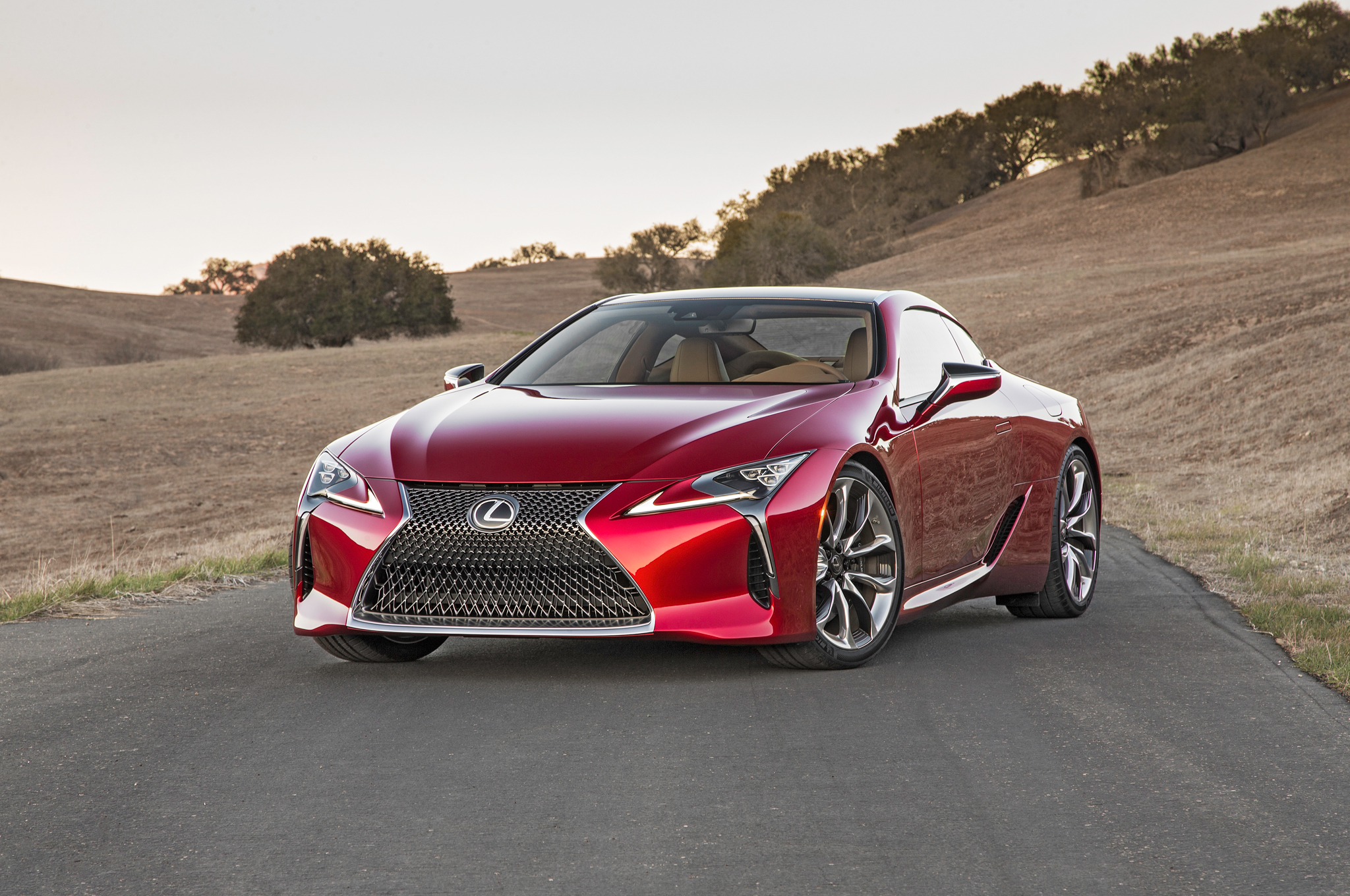 2018 lexus lc 500 photos informations articles. Black Bedroom Furniture Sets. Home Design Ideas