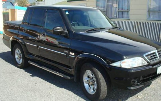 2004 Ssangyong Musso #3