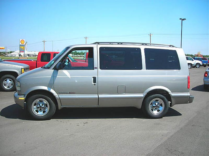 2002 Gmc Safari #5