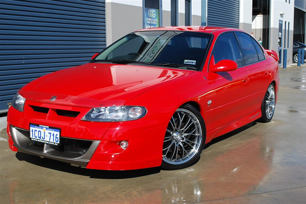 2002 Holden HSV #1