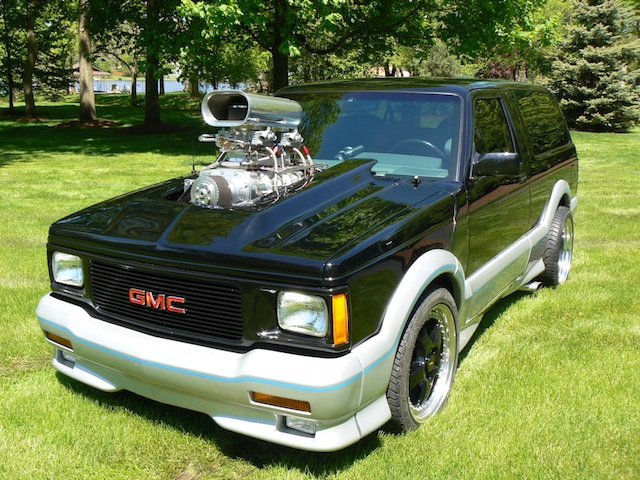 GMC Typhoon #12