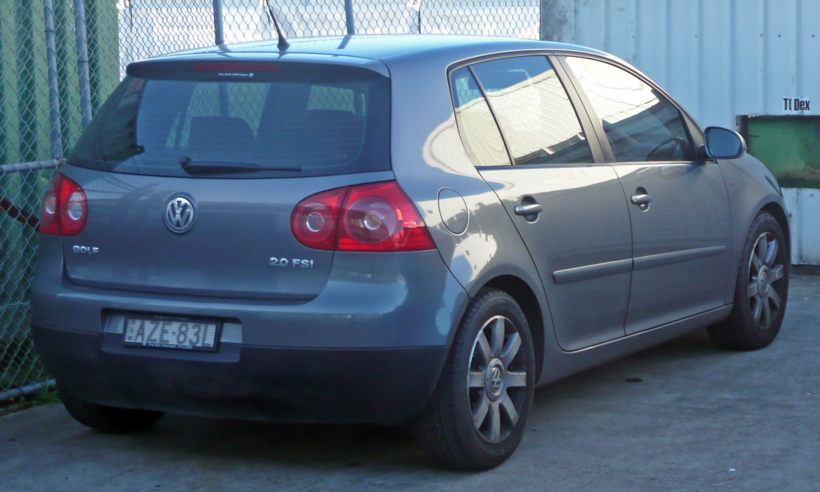 2004 Volkswagen Golf #15