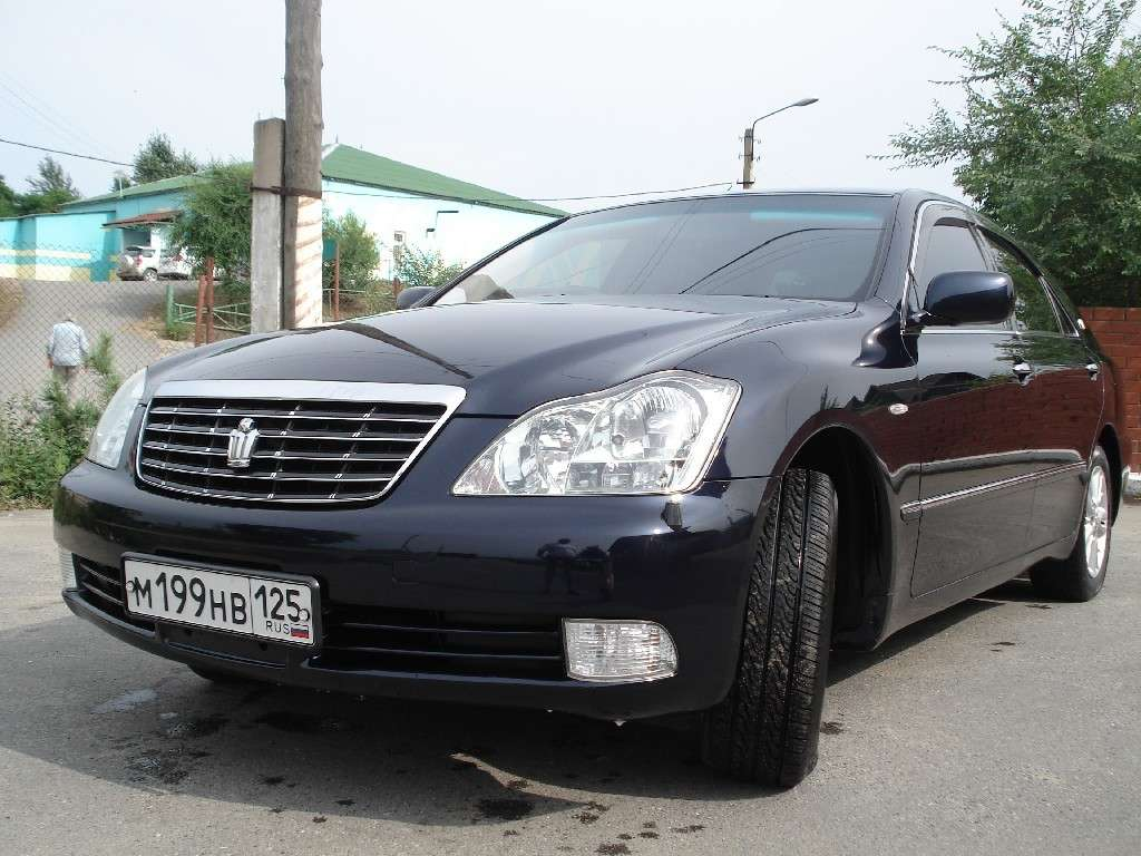 2005 Toyota Crown #9