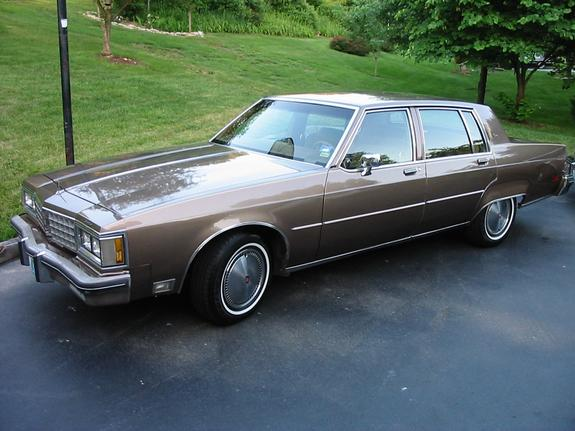 Oldsmobile Ninety-eight #10