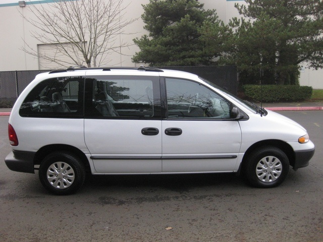 1996 dodge caravan photos informations articles. Black Bedroom Furniture Sets. Home Design Ideas