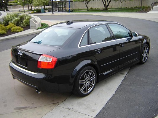 2004 audi s4 photos informations articles. Black Bedroom Furniture Sets. Home Design Ideas