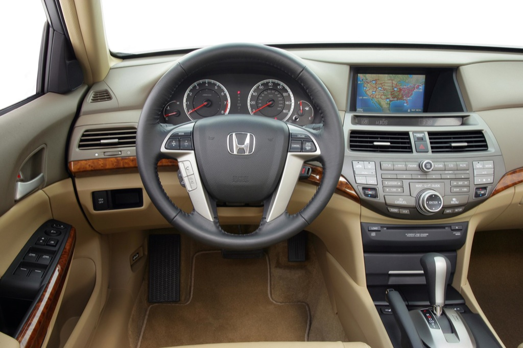 2010 Honda Accord #11