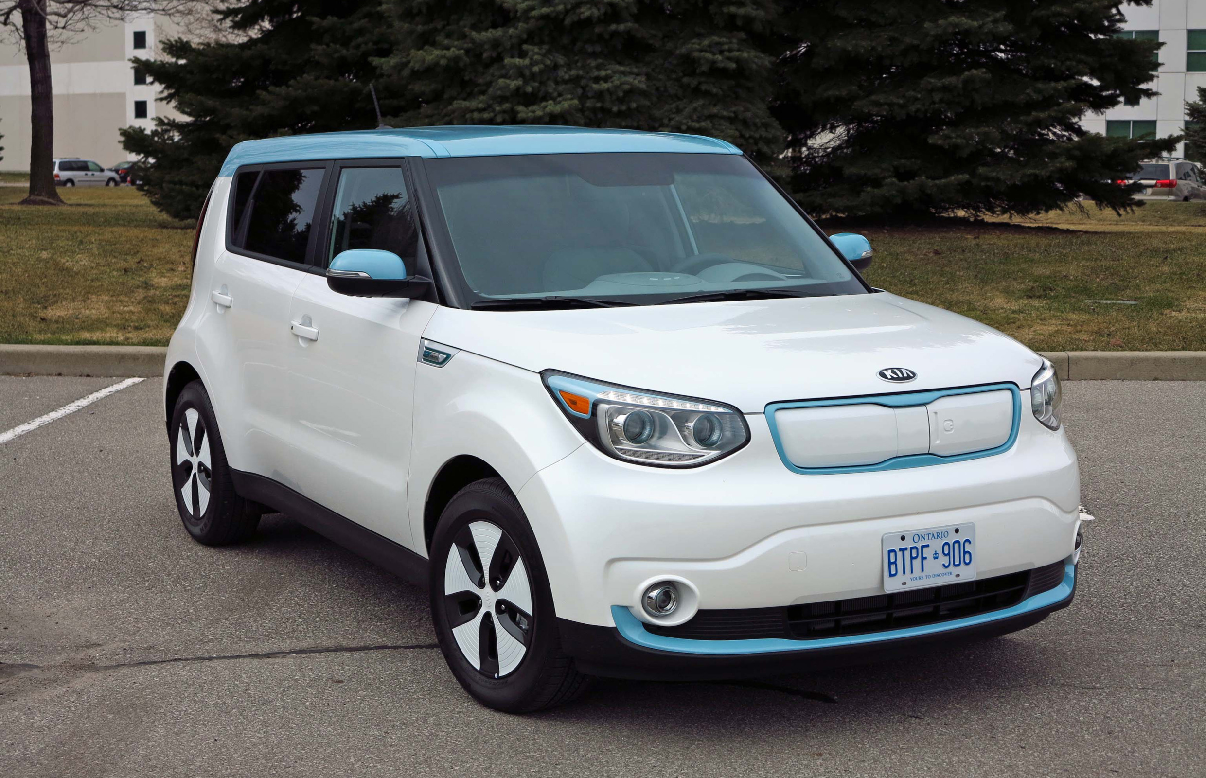 2015 kia soul ev photos informations articles. Black Bedroom Furniture Sets. Home Design Ideas