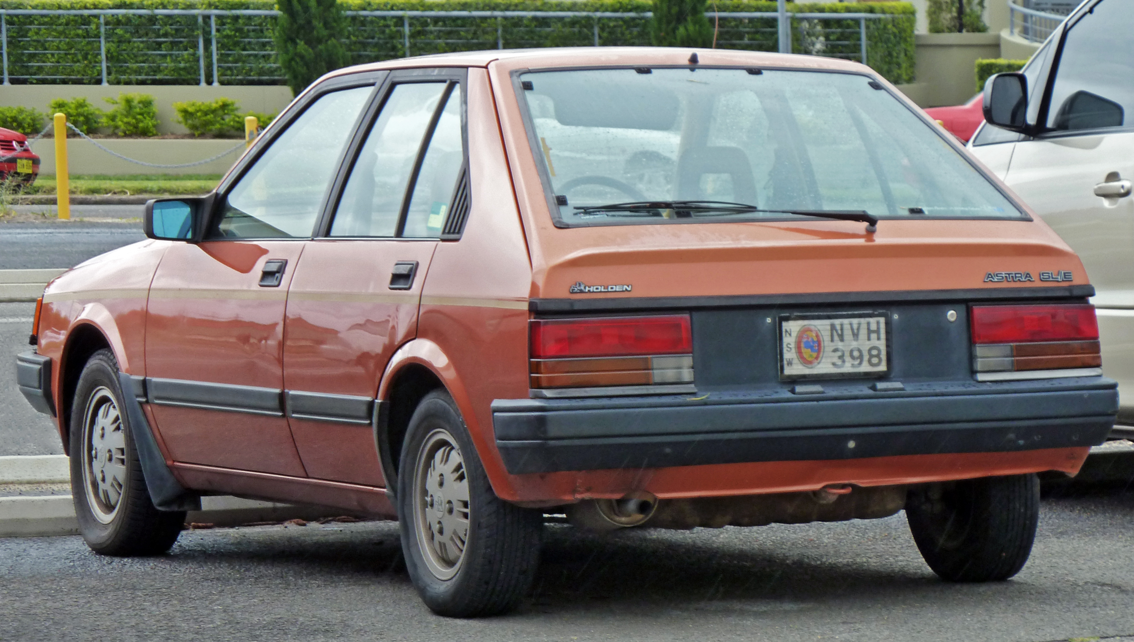 1984 Holden Astra Photos Informations Articles