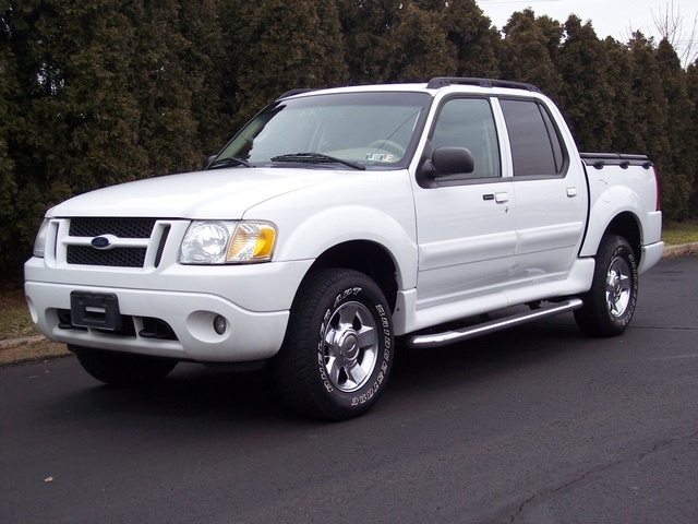 2004 Ford Explorer Sport Trac #16