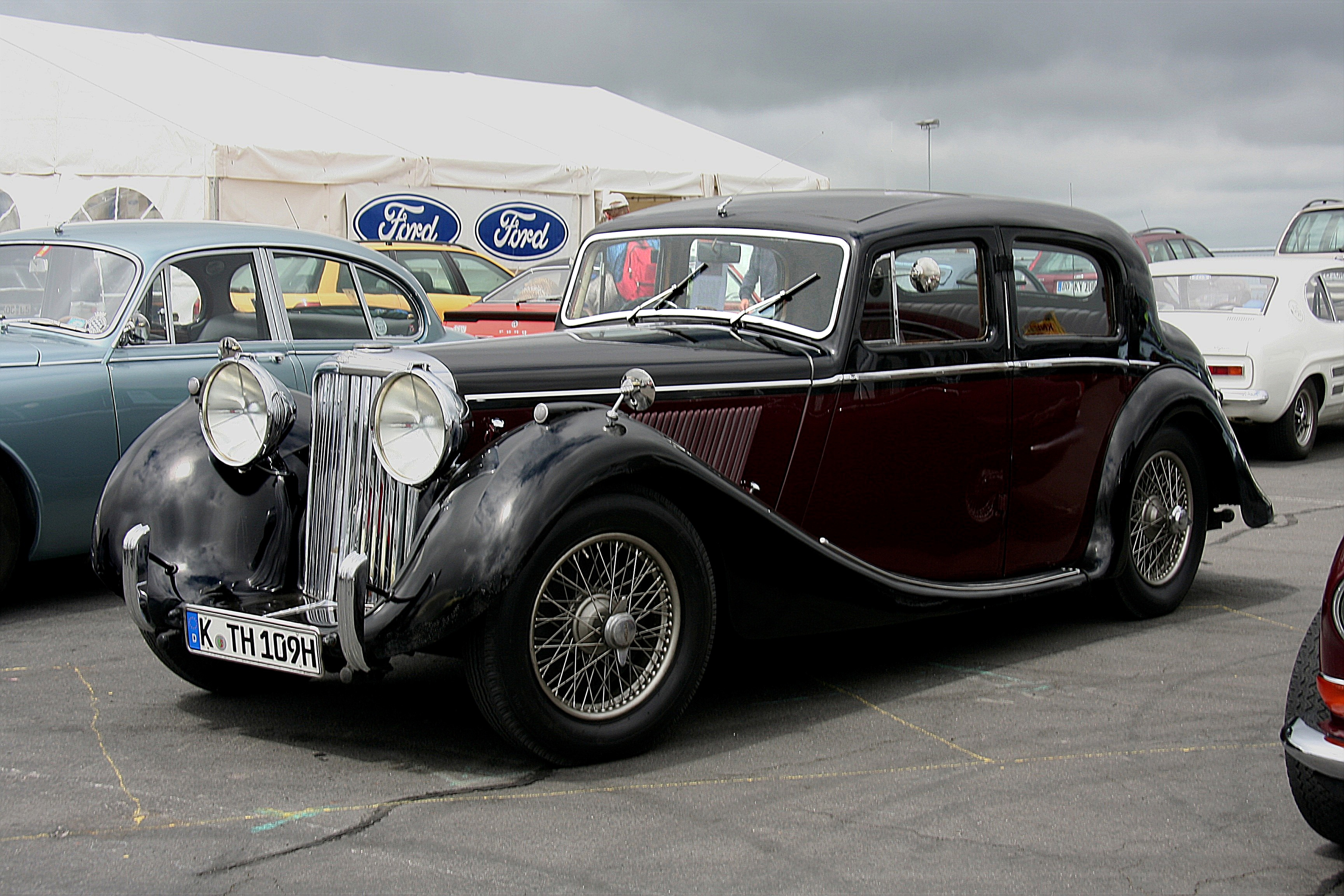 Jaguar Mark IV #4