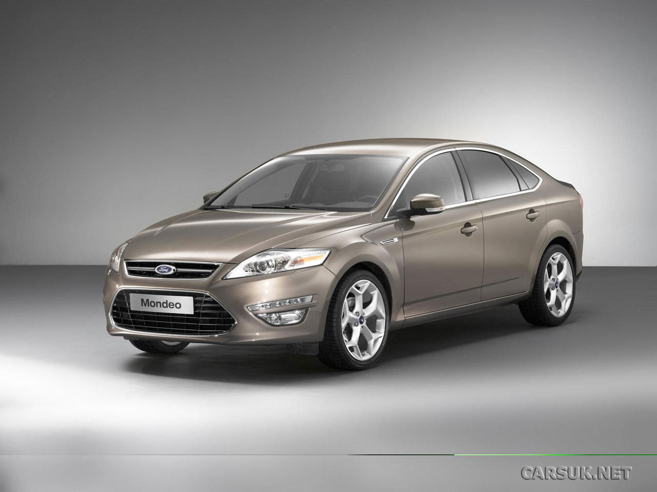 2011 Ford Mondeo #11